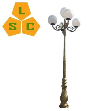 Cột đèn trang trí sân vườn lục bình