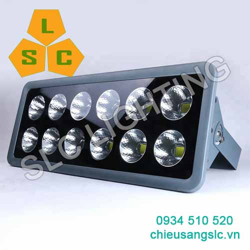 Đèn pha led 600W SLC-Pl09B