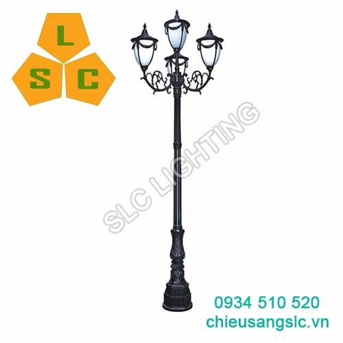 Cột (trụ) đèn trang trí sân vườn 4 bóng SLC-DC02D