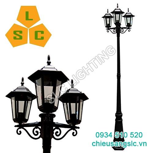 Cột (trụ) đèn trang trí sân vườn 3 bóng SLC- DC23