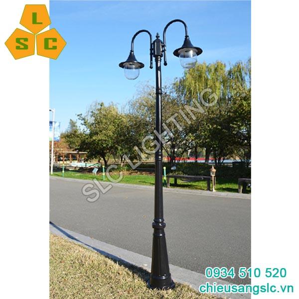 Cột (trụ) đèn trang trí sân vườn 2 bóng