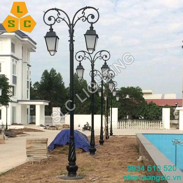 Cột (trụ) đèn sân vườn Banian (DC07) lắp chùm Chùm CH09-2