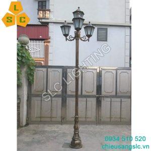 Cột (trụ) đèn trang trí sân vườn DC02 lắp 4 bóng