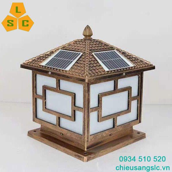 Đèn gắn trụ cổng năng lượng mặt trời