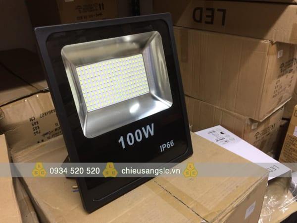 Đèn pha led giá rẻ Hà Nội 100w